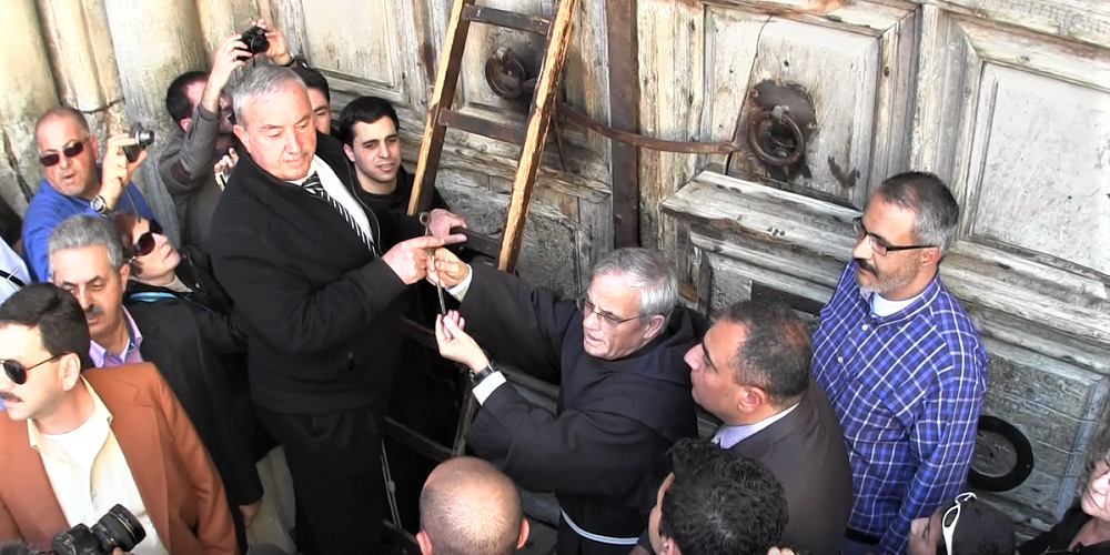 The ceremony of opening the doors of the chruch of the holy speulchre